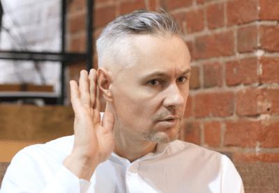 年齢を重ねると聴力は衰え、聞こえ方が変わってきます
